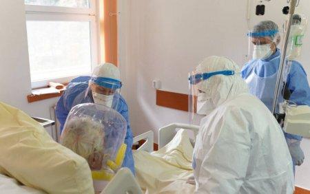 Reprezentanti Spital Sfantu Gheorghe: Multi pacienti vin in stare grava la spital; se trateaza acasa cu <span style='background:#EDF514'>CEAI</span> si palinca