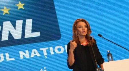 <span style='background:#EDF514'>ALINA GORGHIU</span> il apara pe premier