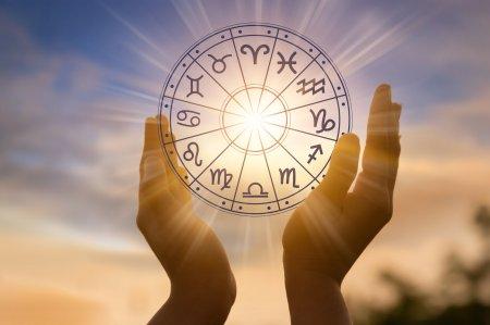 Horoscop joi, 2 septembrie. O zodie distruge tot in cale azi: Ai dezgropat securea razboiului