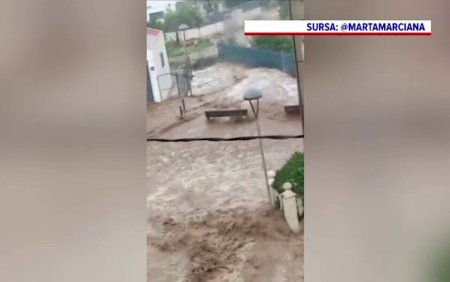 O ploaie torentiala de cateva ore a provocat inundatii masive in nord-estul Spaniei