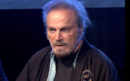 Franco <span style='background:#EDF514'>NERO</span> a coborat printre spectatori, la Buzau. Este un actor deosebit