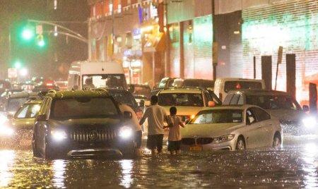 Stare de urgenta decretata in premiera in orasul New York, din cauza precipitatiilor record