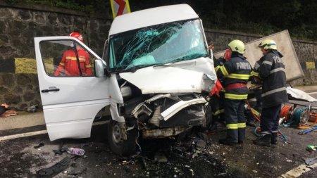 Microbuz cu romani care plecau in Italia, accident teribil la Andreneasa, in Mures