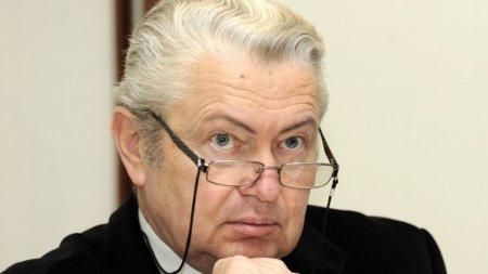Reactia lui Gheorghe Turda, dupa iesirea nervoasa a Sofiei Vicoveanca: Bine le-a facut. Nu te <span style='background:#EDF514'>MAIMUTA</span>resti in fata scenei