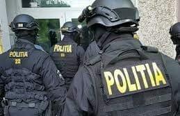 Politia are in lucru 200 de dosare penale legate de certificate de vaccinare false