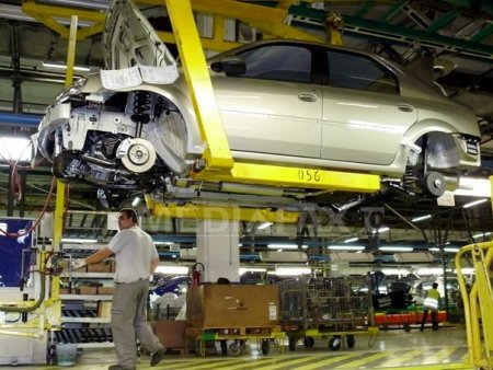 Jogger, primul hibrid din gama Dacia va fi asamblat la Mioveni. Care va fi pretul de pornire