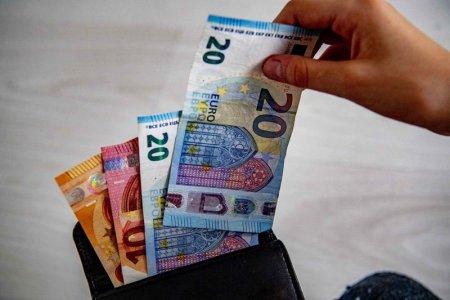 Euro, nou maxim istoric in raport cu leul. Cursul afisat de BNR