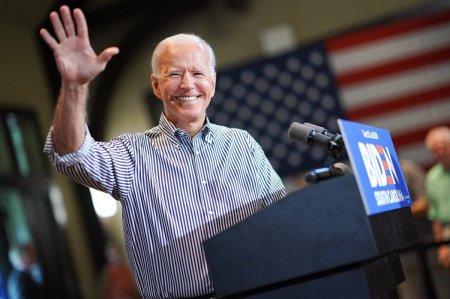 Joe Biden are dreptate sa puna capat epocii arogantei Statelor Unite