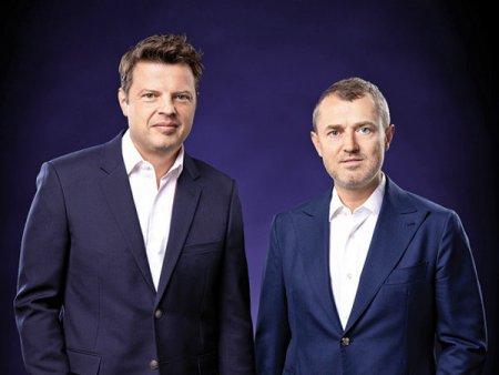 Victor Capitanu si Andrei Liviu Diaconescu, fondatori ai dezvoltatorului imobiliar One United Properties, cea mai recenta mare listare la bursa de la Bucuresti, isi transfera detinerile de cate 30% fiecare la Vinci VER Holding respectiv OA Liviu Holding