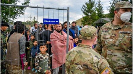 Serviciile <span style='background:#EDF514'>GERMANE</span> au identificat, printre cei evacuati, 20 de afgani relevanti pentru securitate