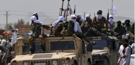 Drama pilotilor afgani care au zburat in Uzbekistan cu avioanele si <span style='background:#EDF514'>ELICOPTER</span>ele militare de frica talibanilor. Ne vor ucide!. In conditii traiesc acestia