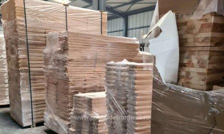 Sicrie in valoare de peste 200.000 lei, introduse in tara cu acte nereale, descoperite in Portul Constanta