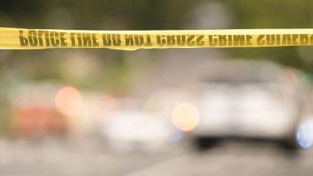 Mai rau ca pe vremea lui <span style='background:#EDF514'>CEAUS</span>escu. Un sofer a fost impuscat mortal la coada la benzina, in Louisiana