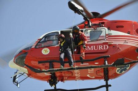 Tragedia zilei in Romania! Accident grav intr-o cursa de raliu! Un cunoscut pilot, dus de urgenta la spital cu <span style='background:#EDF514'>ELICOPTER</span>