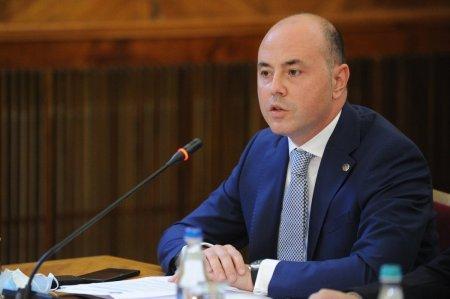 Alexandru Muraru, consilierul lui Citu, anunta ca a informat guvernele straine despre planul USR-PLUS de a crea o noua majoritate cu un partid extremist
