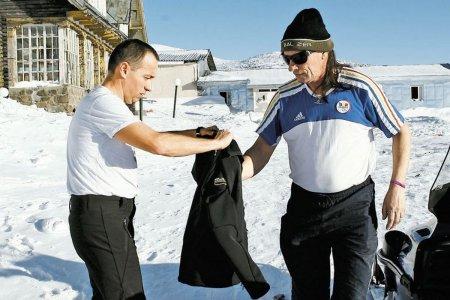 Povestea unei fotografii: pentru Ivan, am dat haina de pe mine