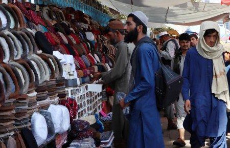 Traditia afgana, amenintata de talibani. Bacha <span style='background:#EDF514'>POSH</span>, povestea fetelor crescute ca baieti pentru a salva onoarea familiei