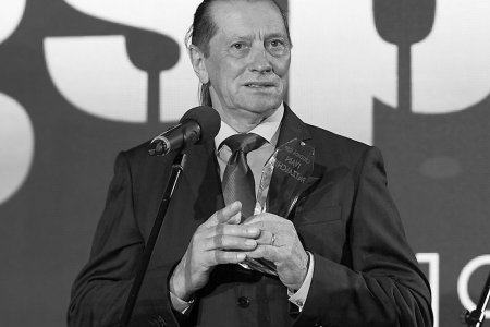 <span style='background:#EDF514'>NADIA COMANECI</span>, mesaj de ramas-bun pentru Ivan Patzaichin: RIP, legenda nemuritoare, prieten drag