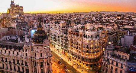 Spania va majora salariul minim pentru a reduce decalajul de prosperitate (ministrul Economiei)