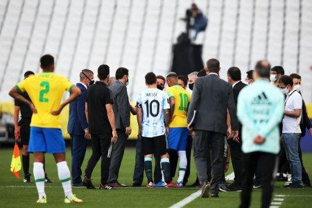 Brazilia - Argentina, suspendat in minutul 5! Scandal urias, Pumele in frunte cu Messi au iesit de pe teren dupa interventia autoritatilor