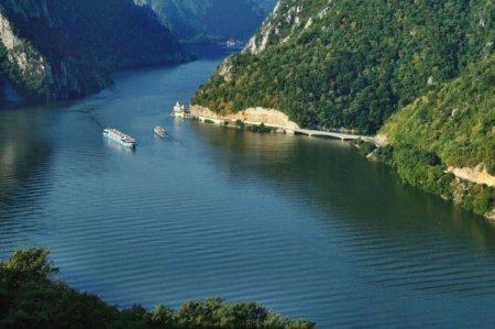 INHGA: Debitul Dunarii, peste media multianuala a lunii septembrie in urmatoarele zile