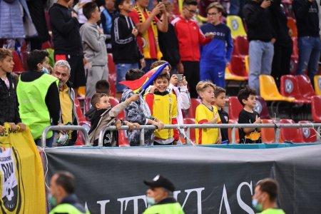 Nu au atras fanii nici dupa 22 de luni » Atmosfera de Cupa Liceelor la primul meci cu spectatori din mandatul lui Mirel Radoi