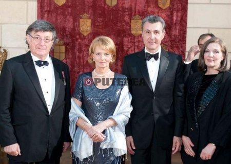 Familia <span style='background:#EDF514'>REGALA</span>: Ion Caramitru a fost un devotat, constant si curajos aparator al principiilor si valorilor Coroanei Romane