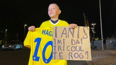 Ianis Hagi, moment superb in timpul meciului cu Liechtenstein » I-a facut ziua mai buna unui copil aflat in tribunele Arenei Nationale