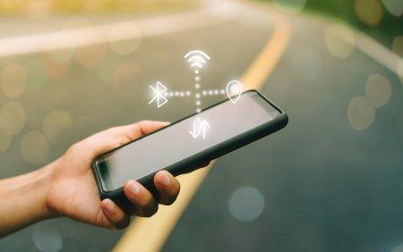 Miliarde de dispozitive, afectate de mai multe vulnerabilitati grave ale conexiunilor Bluetooth