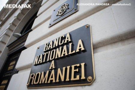 Opt banci au fost sanctionate de BNR cu avertisment scris in 2021. Motivele aduse in discutie