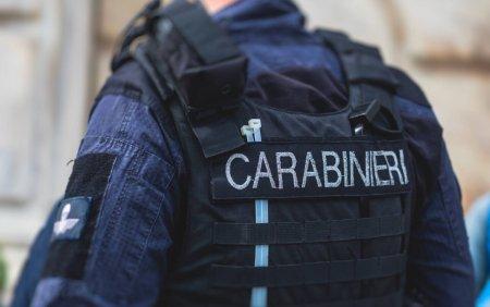 Un roman a fost arestat in Italia. Politistii au gasit 11 kilograme de marijuana in apartamentul sau