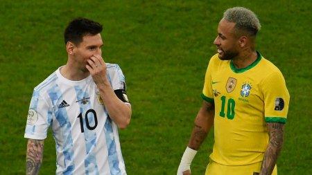 Prelimnarii CM 2022: Meciul Brazilia - Argentina a fost suspendat, dupa ce oficiali din sanatate au patruns pe teren (Video)