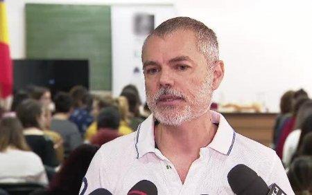 Dr. Mihai Craiu: Purtarea mastii de protectie in interior este extrem de importanta