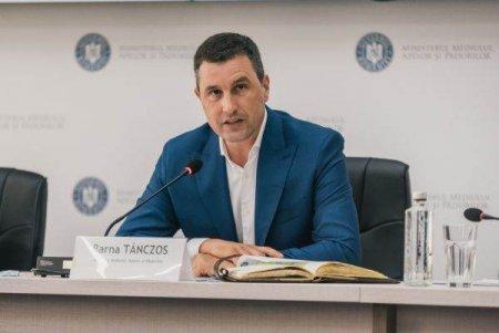 TANCZOS BARNA:  and #39; and #39;<span style='background:#EDF514'>PROTECTIA MEDIULUI</span> costa si facem mai mult rau daca trecem abrupt la zero emisii and #39; and #39;