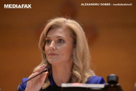 <span style='background:#EDF514'>ALINA GORGHIU</span>: Orban tine trena USR - AUR