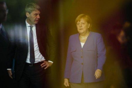 <span style='background:#EDF514'>AMBASADORUL</span> german in China, un apropiat al Angelei Merkel, a murit la scurt timp dupa preluarea preluarea functiei