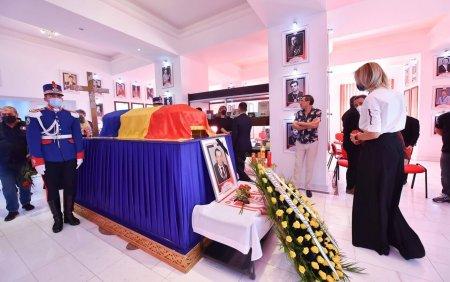 Ultimele omagii aduse marelui Ivan Patzaichin. Imagini coplesitoare de la muzeul clubului Dinamo