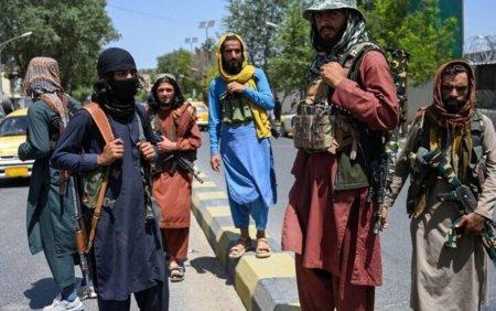 Talibanii sunt acuzati ca au ucis o <span style='background:#EDF514'>POLITISTA</span> insarcinata in opt luni