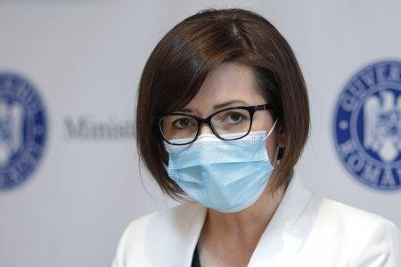 Sotul ministrului Sanatatii, angajat la Spitalul municipial <span style='background:#EDF514'>DIN ORADEA</span>. Toate probele au avut loc intr-o zi
