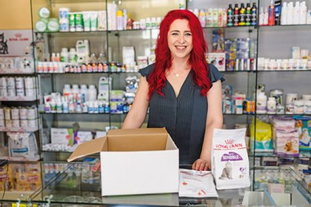 Afaceri de la zero. Familia Malureanu a investit 150.000 de lei in doua farmacii veterinare in Braila, iar acum pariaza si pe un magazin online: Vrem cate o farmacie HimeraVet in fiecare oras