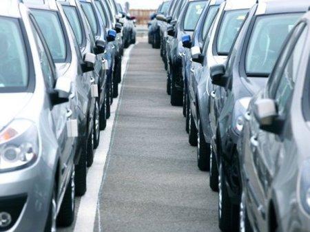 Unul dintre cei mai mari producatori de cipuri auto: Industria trebuie sa se adapteze la revenirile pandemiei