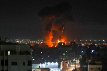 Lovituri israeliene in Fasia Gaza dupa lansarea unor baloane incendiare