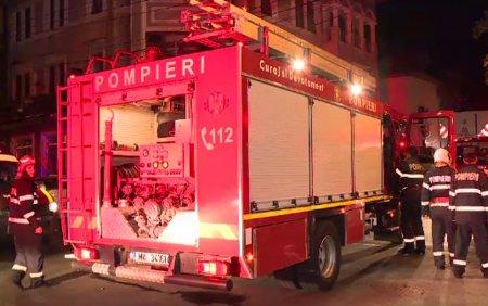 Incendiu puternic la un hotel din <span style='background:#EDF514'>EFORIE S</span>ud in care se aflau peste 80 de persoane