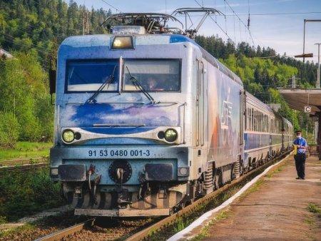 CFR: Traficul feroviar in zona Orsova a fost afectat de un accident rutier