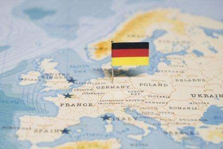 Germania lanseaza o unda de soc in toata Europa. Se cere retragerea rachetelor americane