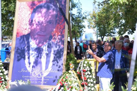 Funeralii cu onoruri militare pentru Ivan Patzaichin, care a fost inmormantat la <span style='background:#EDF514'>CIMITIRUL</span> Bellu