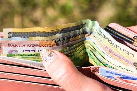 Creste salariul minim pe economie? Este absolut necesara cresterea imediata