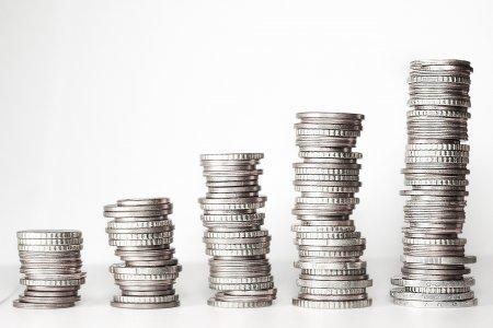 Patronatul IMM-urilor sustine majorarea salariului minim cu 200 de lei, dar fara impozitarea acestei sume