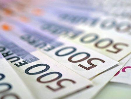 Cum au ajuns fondurile europene sa fie administrate de firme private care au luat rolul statului: cazul proiectului Acasa e cel mai bine - startup antreprenorial pentru Diaspora.  Interlog Com, o companie privata care se ocupa de repararea <span style='background:#EDF514'>CALCULATOARE</span>lor, decide cum se impart granturi in valoare de 1,2 milioane de euro, cu aprobarea statului