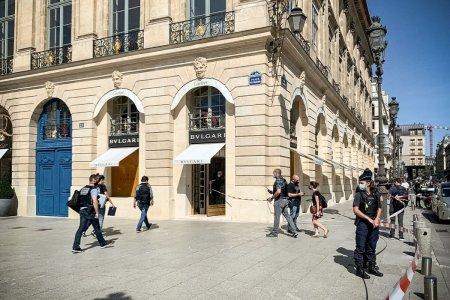 Jaf de proportii in centrul Parisului. Au fost furate bijuterii in valoare de 10 milioane de euro
